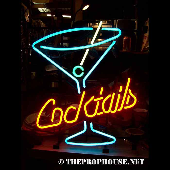 Neon-Rental-Cocktails