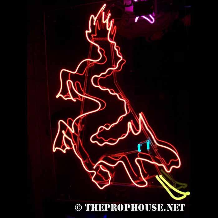 Neon-Rental-Dragon