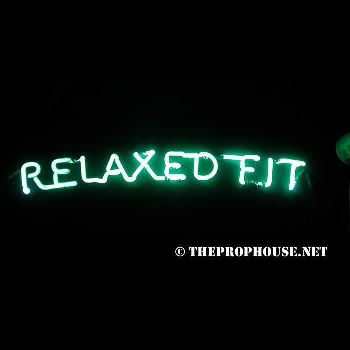 Neon-Rental-Relaxed-Fit