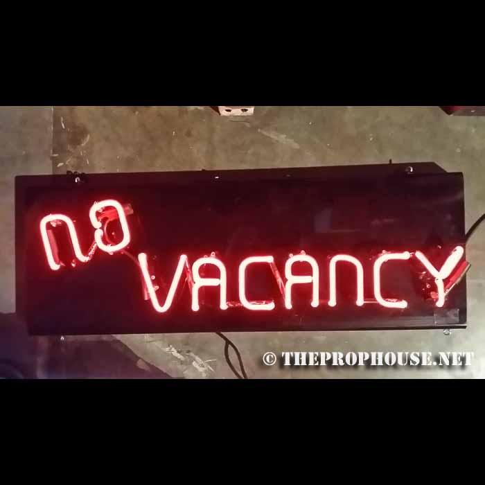 Neon-Rental-no-vacancy