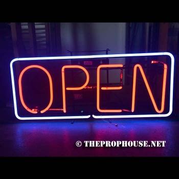 Open-Neon-513